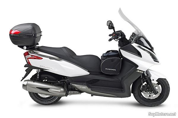 el kymco super dink completamente equipado con kappa motos kappa accesorios para motos. Black Bedroom Furniture Sets. Home Design Ideas