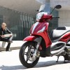 Beverly SportTouring 350, scooter 330cc con ABS y ASR