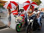Las azafatas de GIVI la liaron en el Gran Premio deJerez