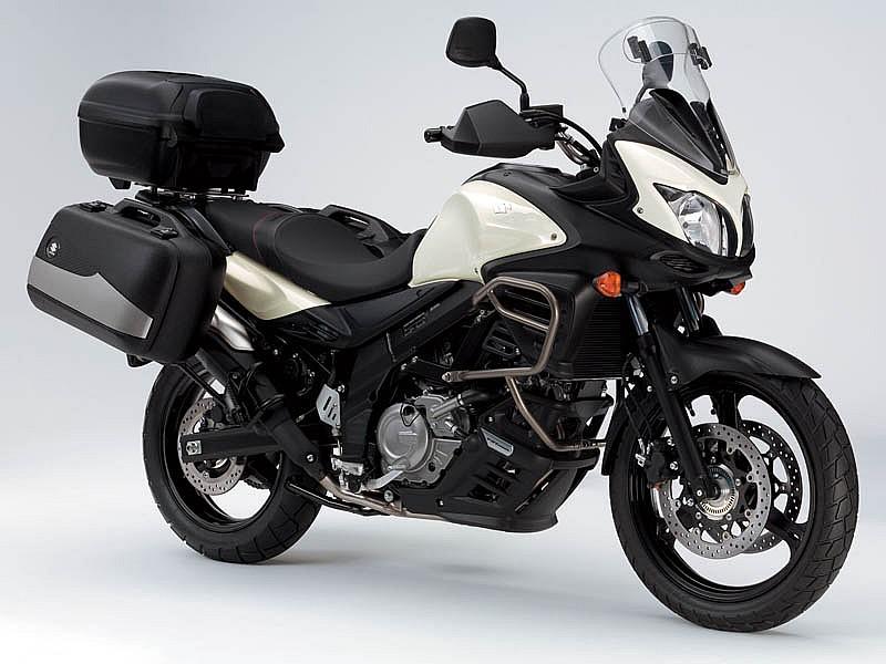 Accesorios gratis al comprar las suzuki v strom 650 y 1000 for Cerco moto gratis in regalo
