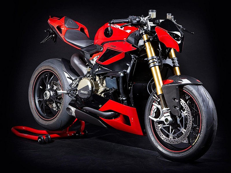 est preparando ducati una panigale streetfighter motos mundo motor ducati. Black Bedroom Furniture Sets. Home Design Ideas