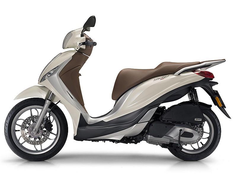 piaggio medley 125 150 nueva rueda alta en el mercado motos piaggio scooter. Black Bedroom Furniture Sets. Home Design Ideas