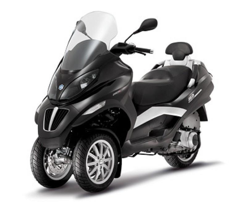 piaggio mp3 400 rst motos scooter piaggio. Black Bedroom Furniture Sets. Home Design Ideas