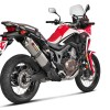 Honda Africa Twin con escape Akrapovic.