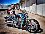 Fito Cabrales dona su Harley-Davidson para luchar contra el cáncerinfantil