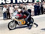 Agostini y Hailwood en el Tourist Trophy Senior de 1967: un dueloépico