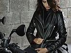"""Vespa y Moto Guzzi crean una línea de ropa """"Lifestyle"""" a juego con susmotos"""