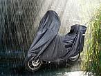 Protege tu moto del invierno con las nuevas fundas de TucanoUrbano