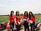 Moto Girl Tour: buscando erradicar asociar mujeres y turismo sexual enTailandia