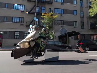Una Speeder Bike en Manhattan