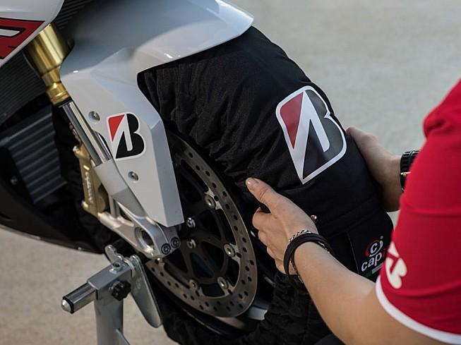 Neumáticos y suspensión deben ir de la mano