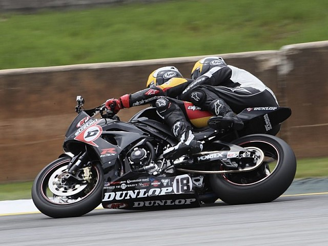Dunlop M4 Suzuki Two-Seat Superbike Program