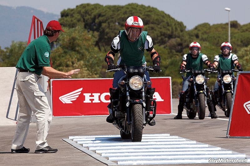 Honda Instituto Seguridad (HIS): prueba dubbies