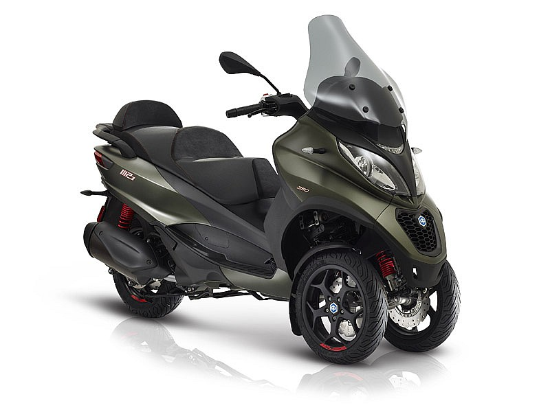 el nuevo piaggio mp3 350 lt debuta en francia motos piaggio scooter. Black Bedroom Furniture Sets. Home Design Ideas